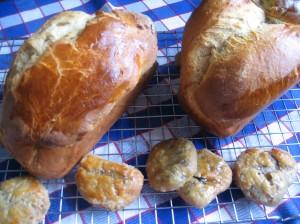Brioche and mini Eccles cakes