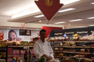 Kevin Dundon in SuperValu Portumna