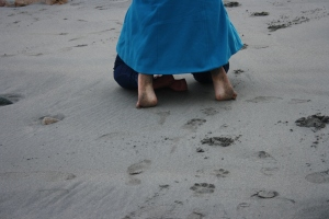 Yes, in January, the crazy Mexican girl was walking barefoot on the beach!!!